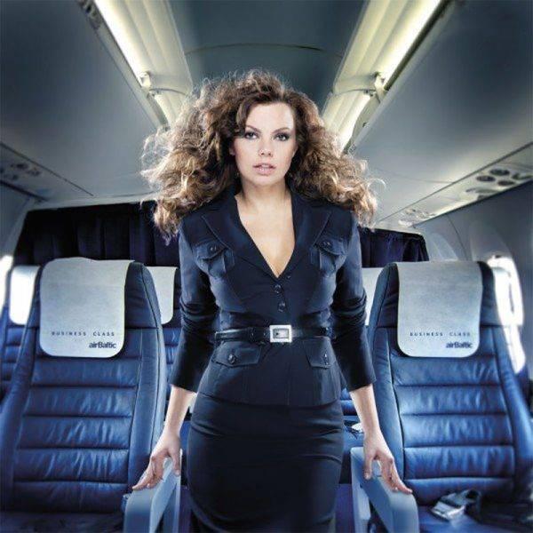 Stewardessy 43