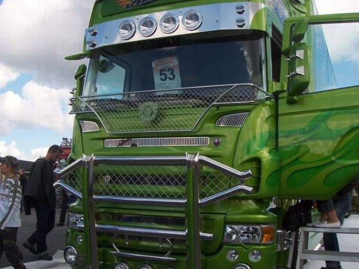 Aerografia: ciężarówki 1