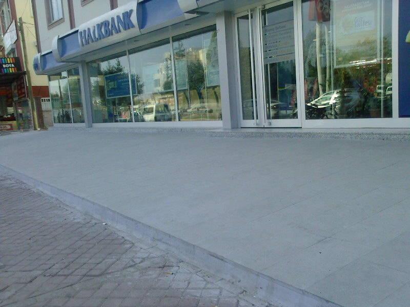 e4ukhsrt - Antalya / Halkbank Kepez �ubesi engellilere uygun de�il!