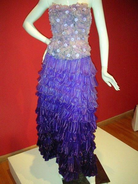 Suknie z prezerwatyw 18