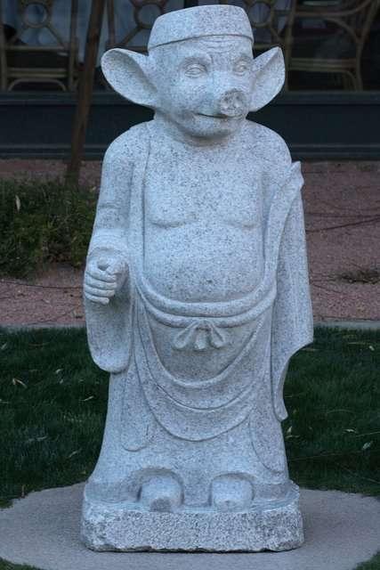 Dziwaczne rzeźby 8