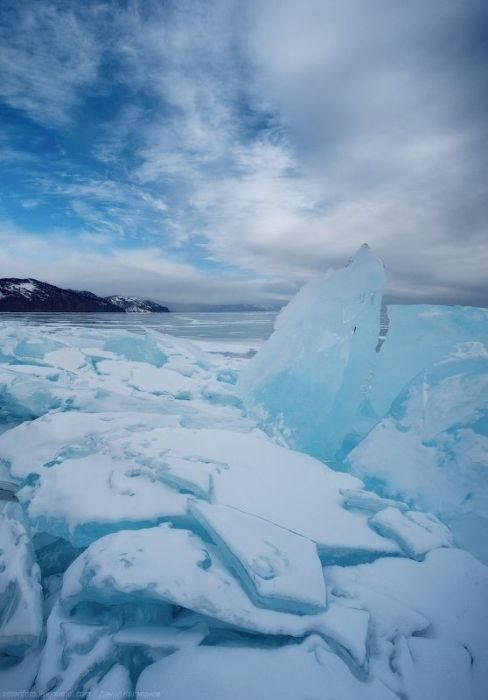 Zamarznięte jezioro Bajkał 19