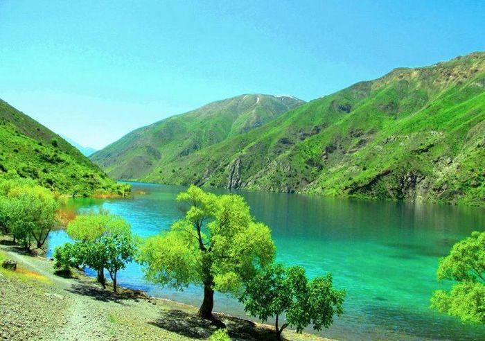 Piękne krajobrazy z Iranu 19