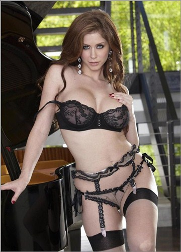 Emily Addison - Wide And Willing - Twistys - (2012/HD/720p/695 Mb)