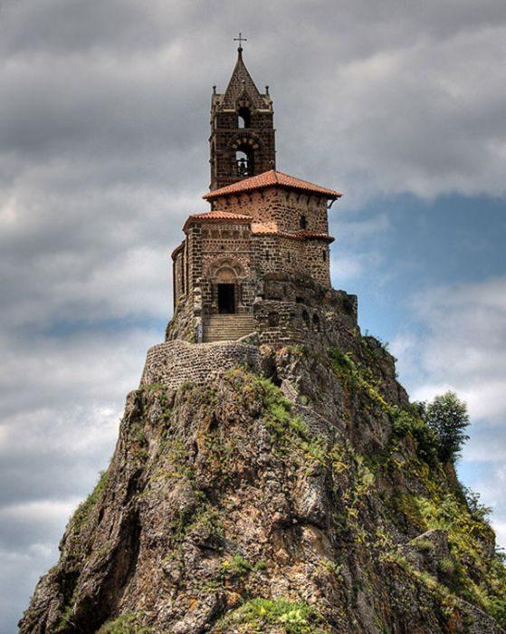 Niezwykłe kościoły 40