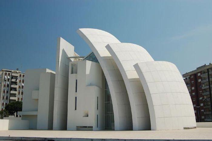 Niezwykłe kościoły 8