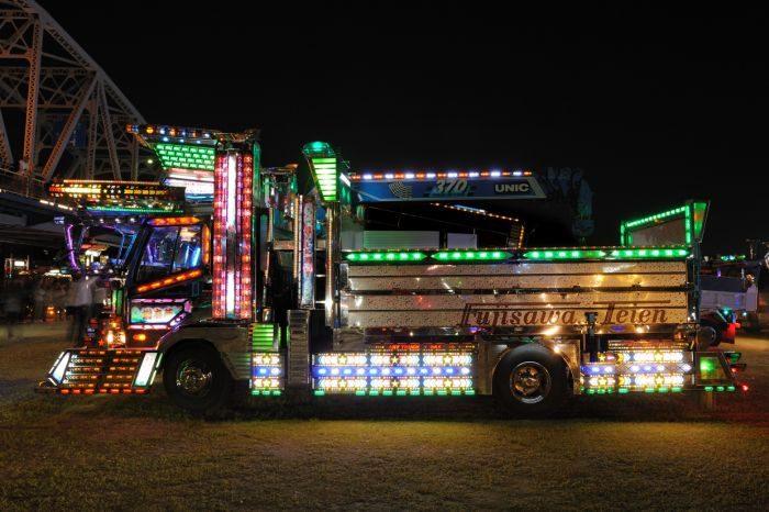 Japoński tuning ciężarówek 33