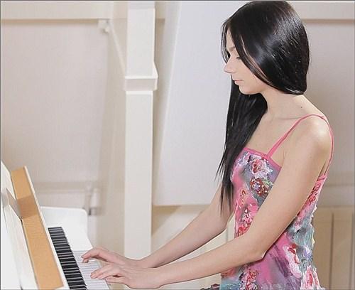 Jasmin - Maestro's Inspiration - 18OnlyGirls - (2012/SiteRip/105 Mb)