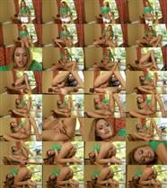 Natalia Robles - Desktop Spread - Nubiles - (2012/HD/720p/259 Mb)