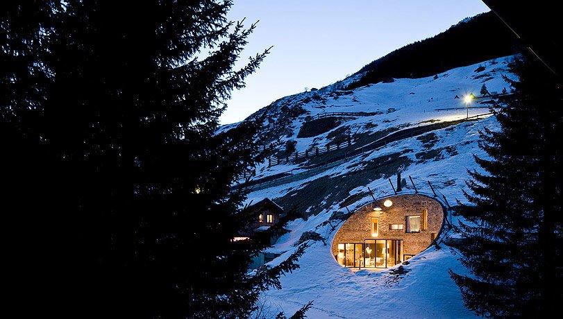 Dom we wzgórzu 13
