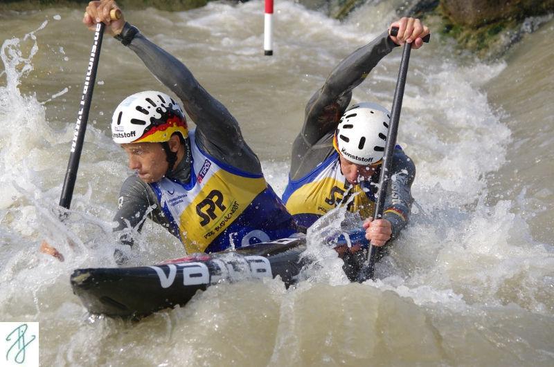 Franz und Jan im C2 beim Weltcup in Bratislava