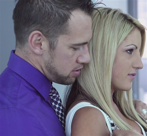 Holly - Settling In - PureMature - (2012/FullHD/1080p/1.56 Gb)