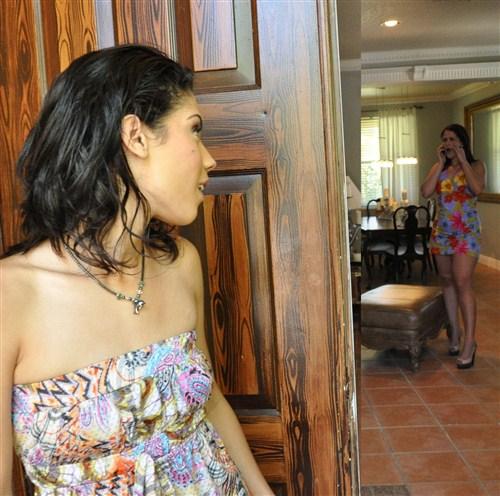 Dynasty, Raquel - Esta Chica Es Loco - LatinaSexTapes/Mofos - (2011/FullHD/1080p/2.13 Gb)