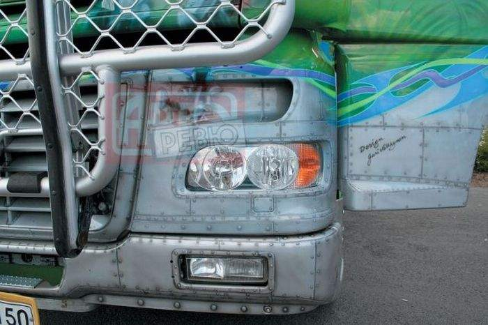 Aerografia: ciężarówki 28