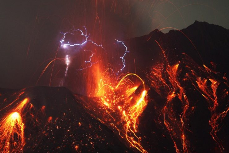 Widowiskowe erupcje 5