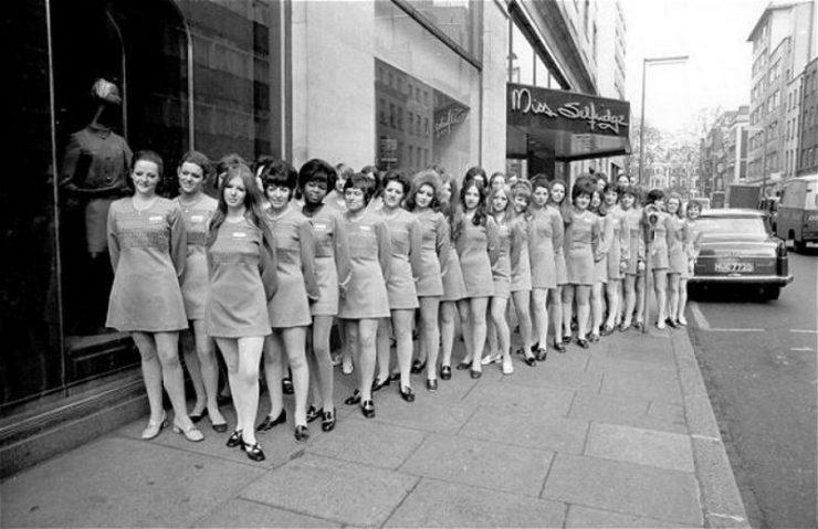 Dziewczyny w mini: 40 lat temu 25