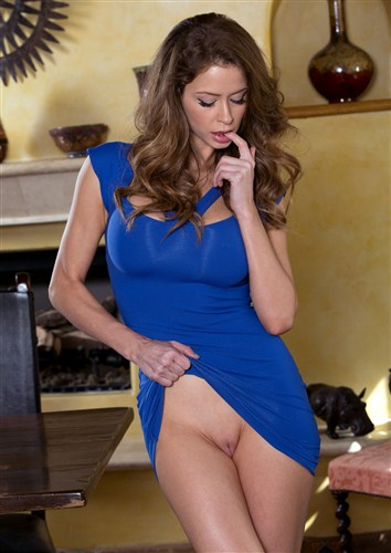 Emily Addison - A Moment With Emily - Twistys - (2013/HD/720p/797.47 Mb)