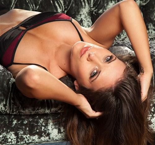 Carlie Christine - Velvet Views - Plus.Playboy - (2013/HD/720p/247.08 Mb)