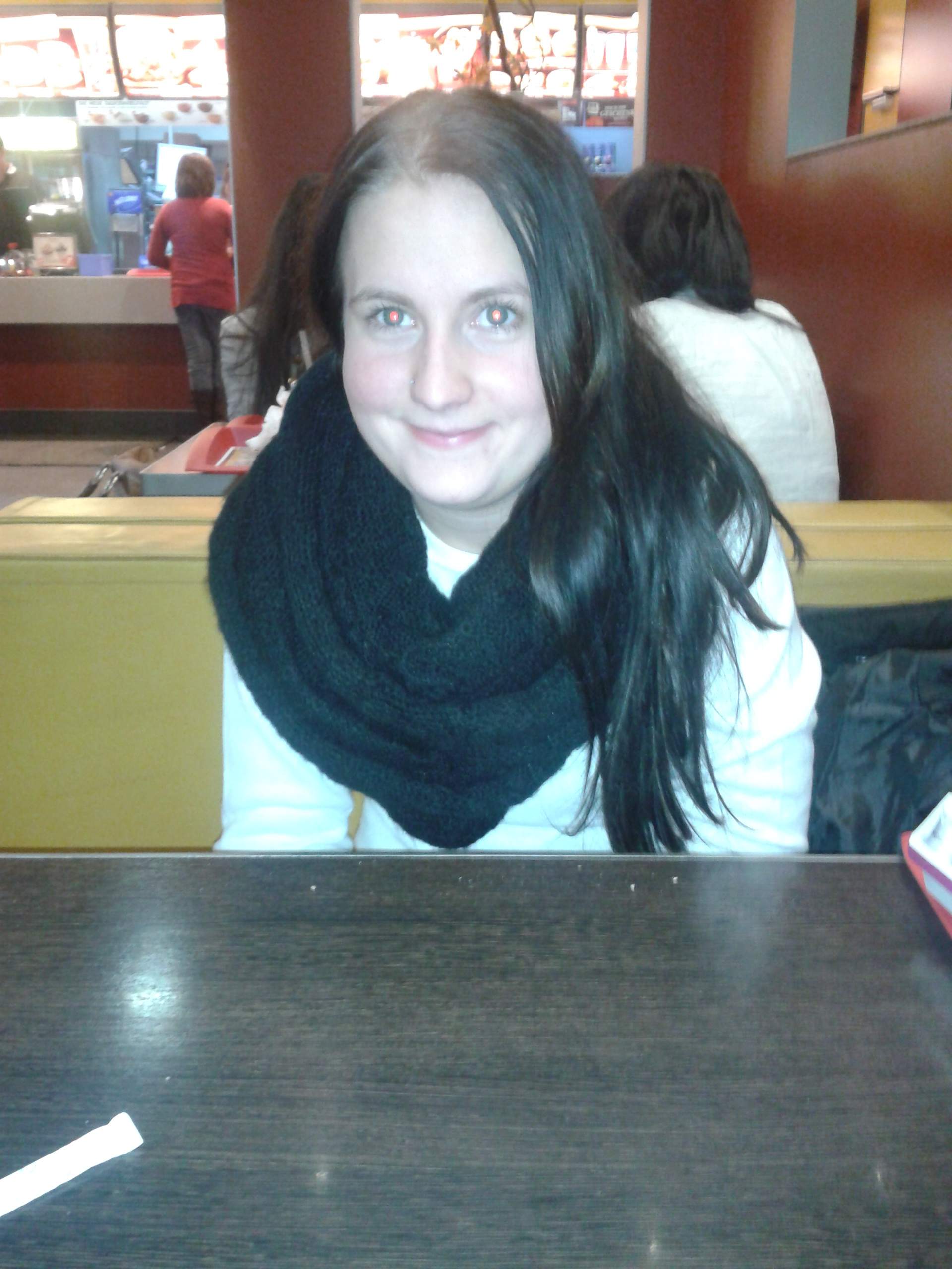 Leila, Jeune Kabyle à Chatte Poilue, Enculée En Plan à 3